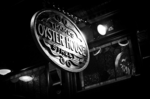 Delicious New England Seafood is at Thames Street Oyster House in Fells Point! - blog post image
