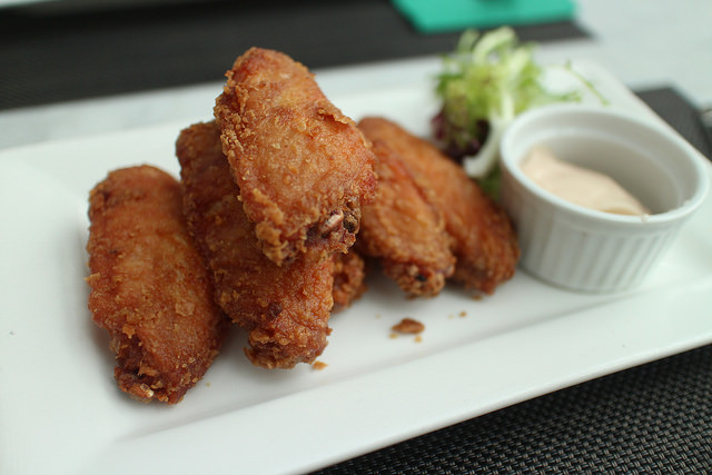Kislings Tavern Serves Some of the CIty's Best Wings in a Cool, Kitschy Setting - blog post image